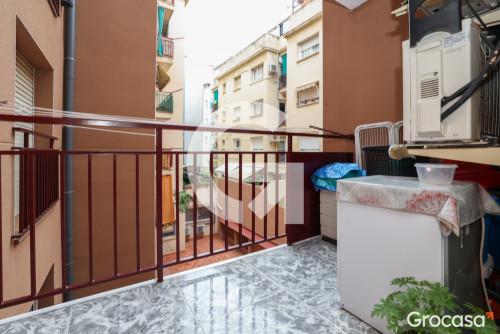 Piso en Bufalà en Badalona en Venta por 215.000€