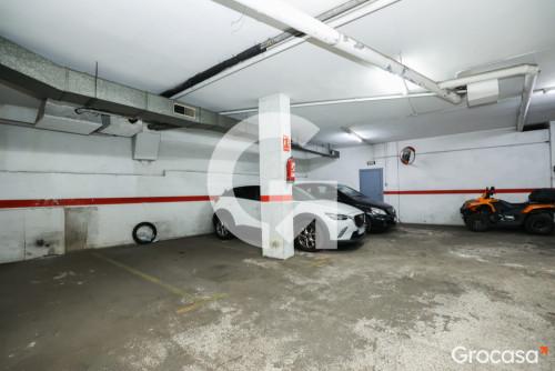 Parking en Badalona en Venta por 18.000€