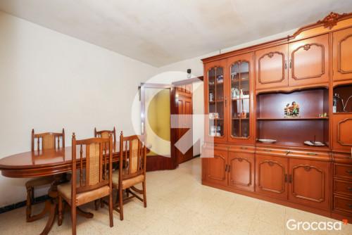 Piso en Camps blancs en Sant Boi de Llobregat en Venta por 122.000€