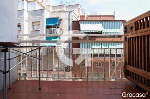 Piso en MolÍ nou - coop. en Sant Boi de Llobregat en Venta por 146.000€