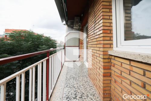 Piso en Montserratina en Viladecans en Venta por 159.900€