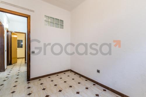 Piso en Sant Joan Despí en Venta por 183.000€