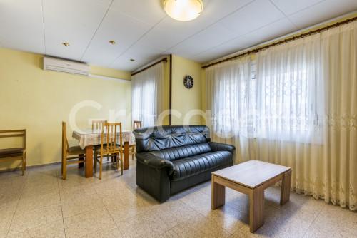 Piso en Centre en Sant Joan Despí en Venta por 155.000€