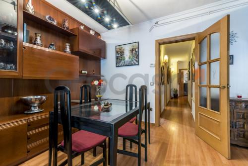 Piso en Sant Feliu de Llobregat en Venta por 280.000€