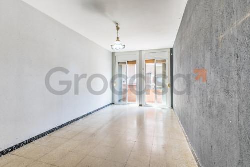 Piso en Sant Feliu de Llobregat en Venta por 162.000€