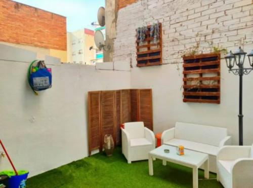 Planta baja en El Prat de Llobregat en Venta por 210.000€